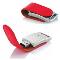 PD-208 USB FLASH BELLEK